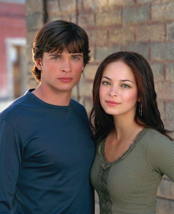 (3. Staffel) - Bekommt ihre Liebe endlich eine Chance? Clark (Tom Welling, l.) und Lana (Kristin Kreuk, r.) ... - Bildquelle: Warner Bros.