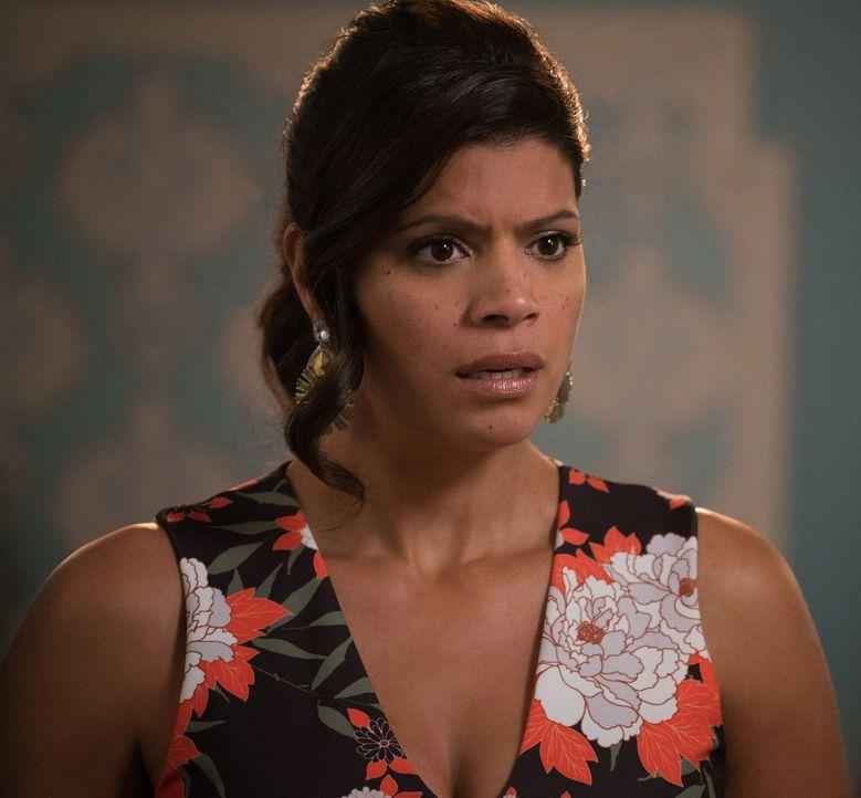 Wird sich Xo (Andrea Navedo) auf Janes Junggesellinnenparty benehmen? - Bildquelle: Michael Desmond 2016 The CW Network, LLC. All rights reserved.