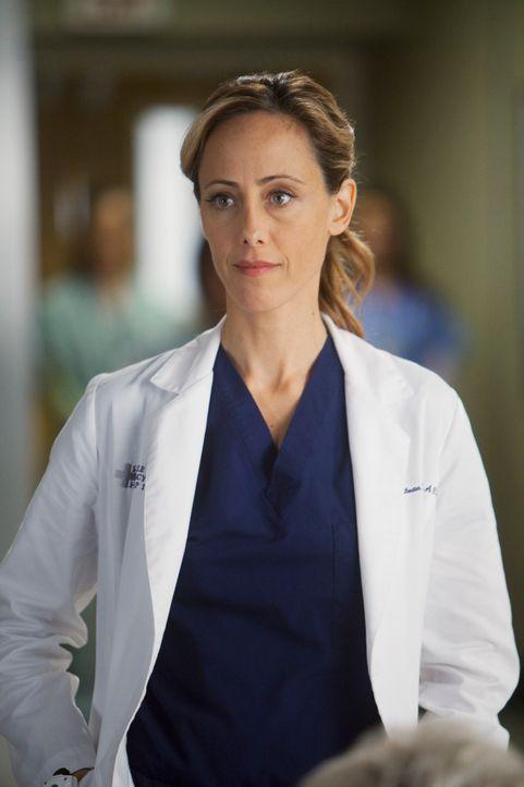Während Lexie erfährt, dass Mark mit Julia zusammenziehen möchte, macht Teddy (Kim Raver) erste Schritte um mit Henrys Tod fertig zu werden ... - Bildquelle: ABC Studios