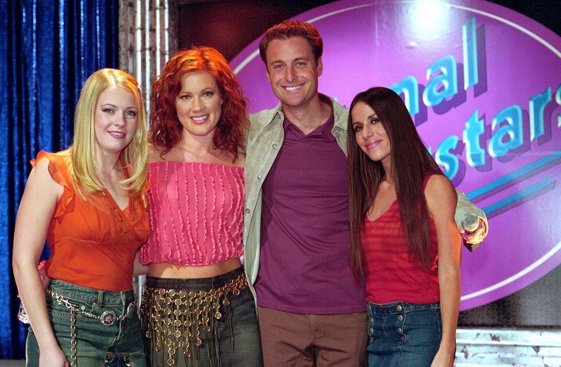 """Sabrina (Melissa Joan Hart, l.), Morgan (Elisa Donovan, 2.v.r.) und Roxie (Soleil Moon Frye, r.) treten beim """"National Superstars""""-Wettbewerb als Ka... - Bildquelle: Paramount Pictures"""
