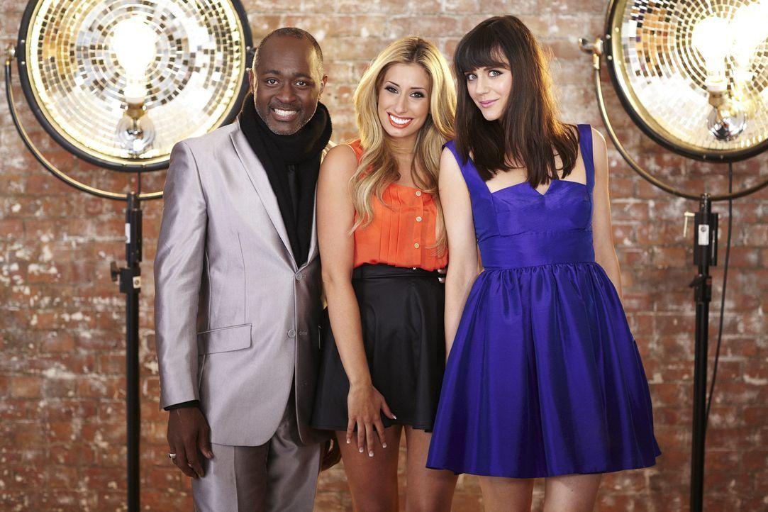 """In """"Top Dog Model"""" entscheiden Addison Witt (l.), Stacey Solomon (M.) und Lilah Parson (r.), welcher Vierbeiner als Model im Werbespot des weltbekan... - Bildquelle: 12 Yard Productions/ITV"""