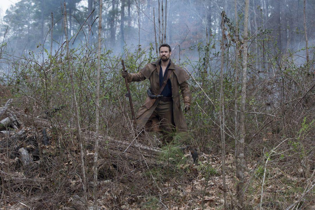 John (Shane West) macht sich auf, um Billy vor den Franzosen zu retten, während Cotton die erschreckende Macht der Hexen zu spüren bekommt ... - Bildquelle: 2016-2017 Fox and its related entities.  All rights reserved.