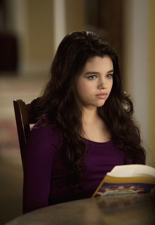 Amy ist mit ihrer Situation völlig überfordert, was auch Ashley (India Eisley) zu spüren bekommt ... - Bildquelle: 2009 DISNEY ENTERPRISES, INC. All rights reserved. NO ARCHIVING. NO RESALE.