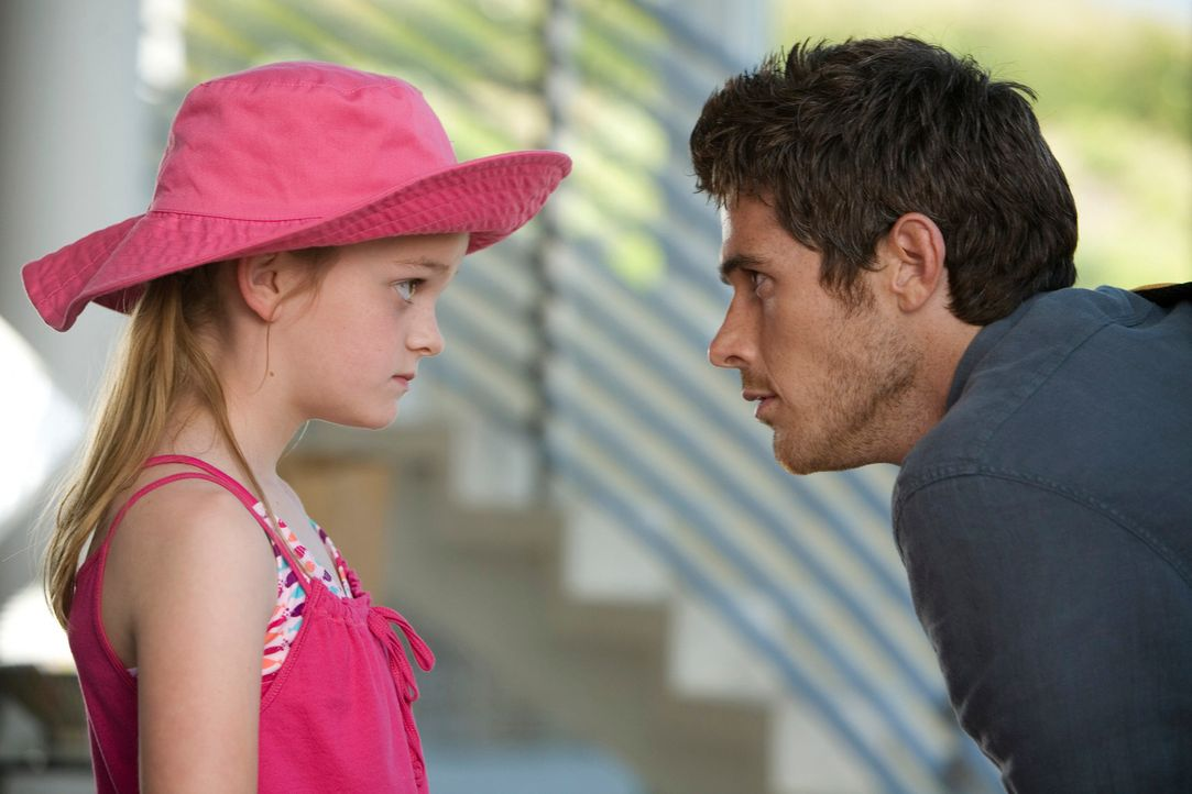 Jetzt geht es ans Eingemachte: Paige (Kerris Lilla Dorsey, l.) erpresst Justin (Dave Annable, r.), damit sie über die Beziehung zwischen ihm und Reb... - Bildquelle: 2008 ABC INC.