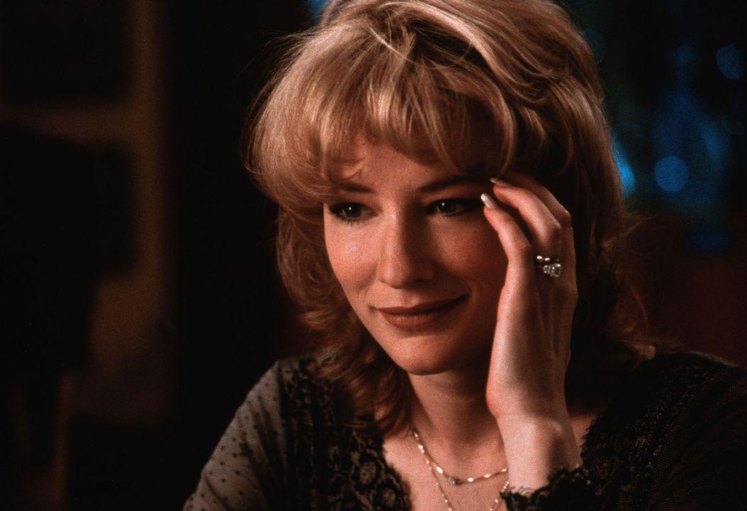 Seit vielen Jahren sind Connie (Cate Blanchett) und Nick ein glückliches Paar. Doch dann verzettelt sich ihr Mann in einen gefährlichen Kleinkrieg... - Bildquelle: TWENTIETH CENTURY FOX