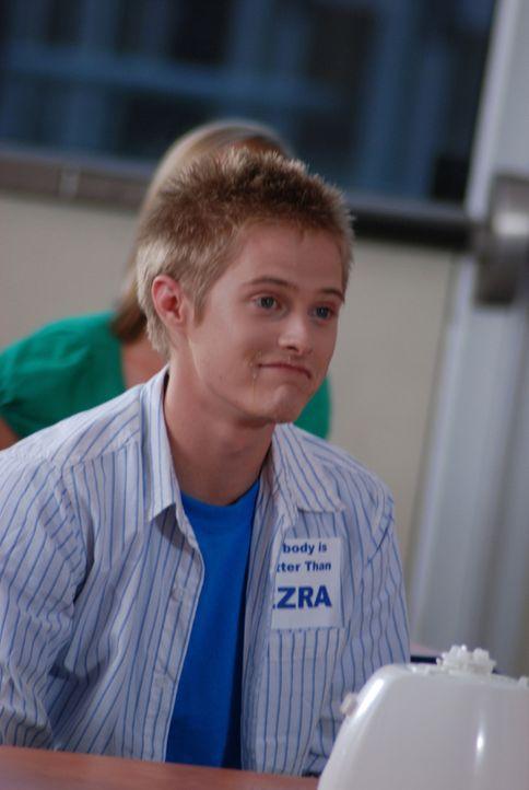 Eines Tages entdeckt der Schüler Ezra (Lucas Grabeel), dass er eine ganz besondere Fähigkeit besitzt: Wie von Zauberhand erscheint Essen in seinen...