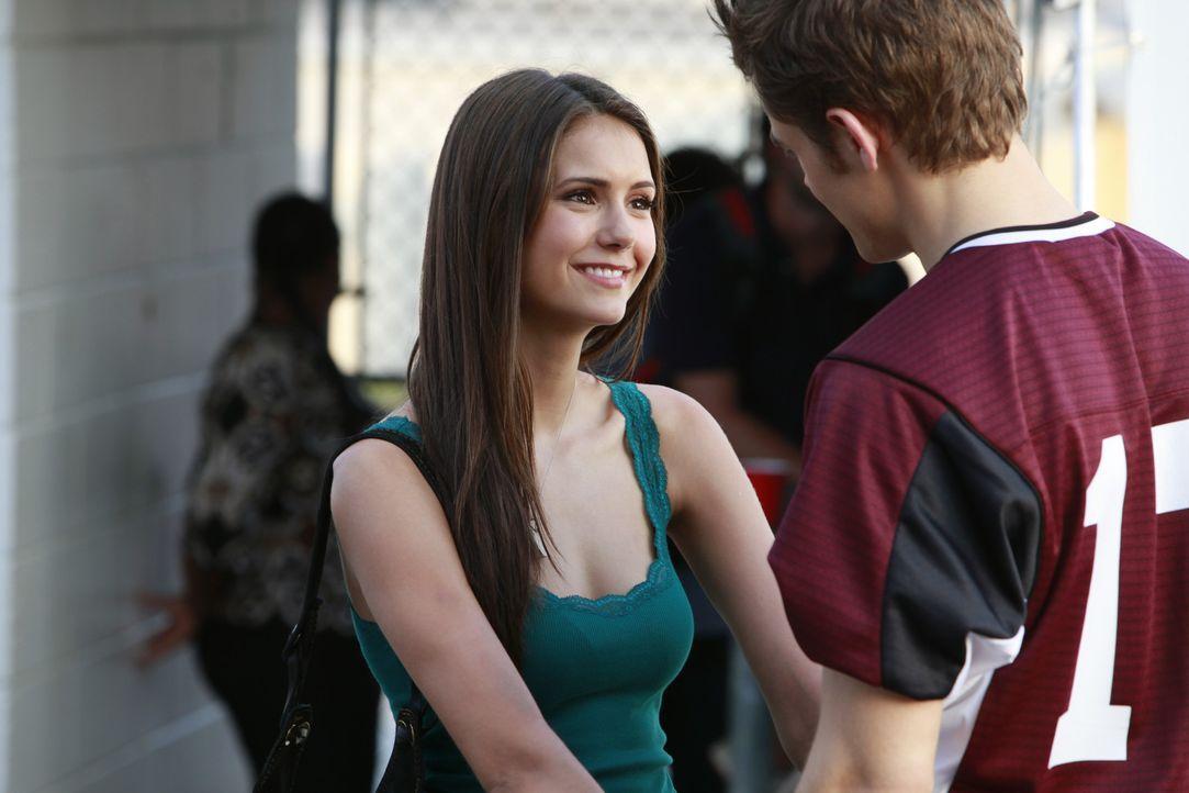 Elena weiß welchen Salvatore sie will!  - Bildquelle: Warner Bros. Entertainment Inc.