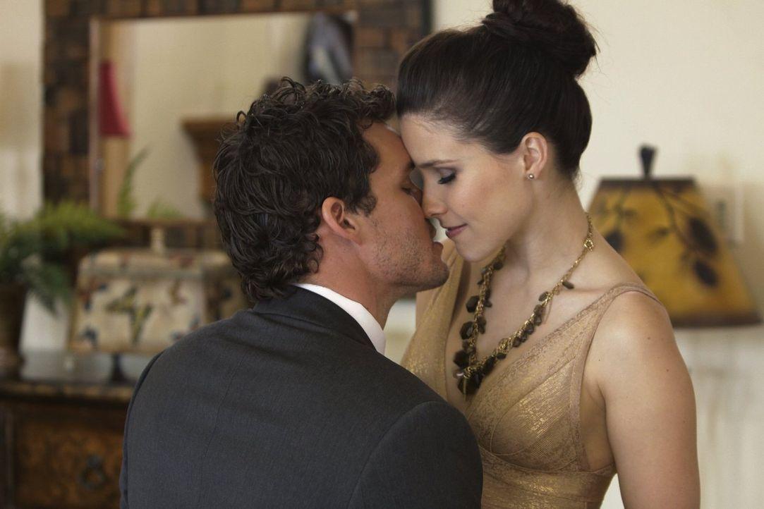 Treffen eine Entscheidung für die Zukunft: Julian (Austin Nichols, l.) und Brooke (Sophia Bush, r.) ... - Bildquelle: Warner Bros. Pictures
