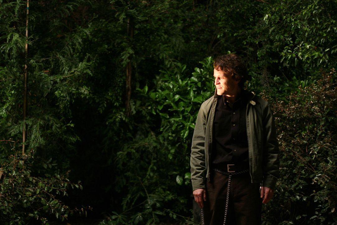 Lilly Rush und ihr Team versuchen herauszufinden, wo John Smith (Damon Herriman) die Leichen der ermordeten Frauen versteckt hat ... - Bildquelle: Warner Bros. Television