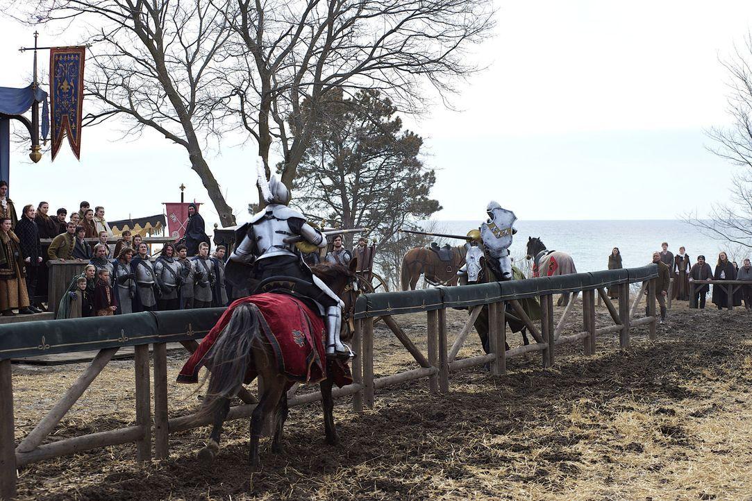 Nach dem langen Krieg gegen England veranstaltet Henry II. endlich wieder ein Turnier, um seinen Leuten Ablenkung und Unterhaltung zu bieten und, um... - Bildquelle: 2013 The CW Network, LLC. All rights reserved.