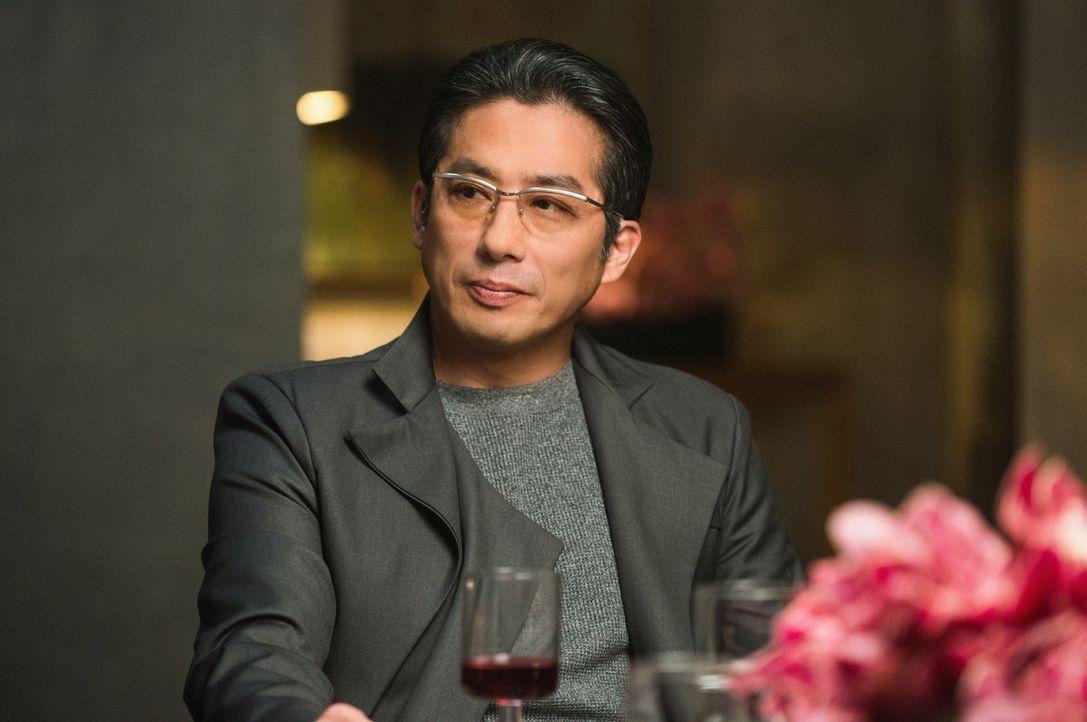 Hideki (Hiroyuki Sanada) ist sich nicht sicher, wie er es findet, dass Pierce in einem Tag Japanisch lernt ... - Bildquelle: Dale Robinette 2014 CBS Broadcasting, Inc. All Rights Reserved