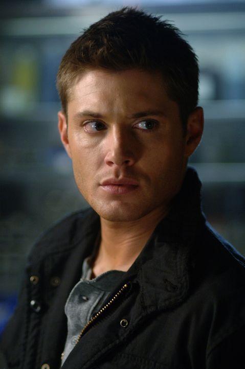Dean (Jensen Ackles) hat keine andere Wahl und schießt auf einen Mann, der seine Frau misshandelt ... - Bildquelle: Warner Bros. Television