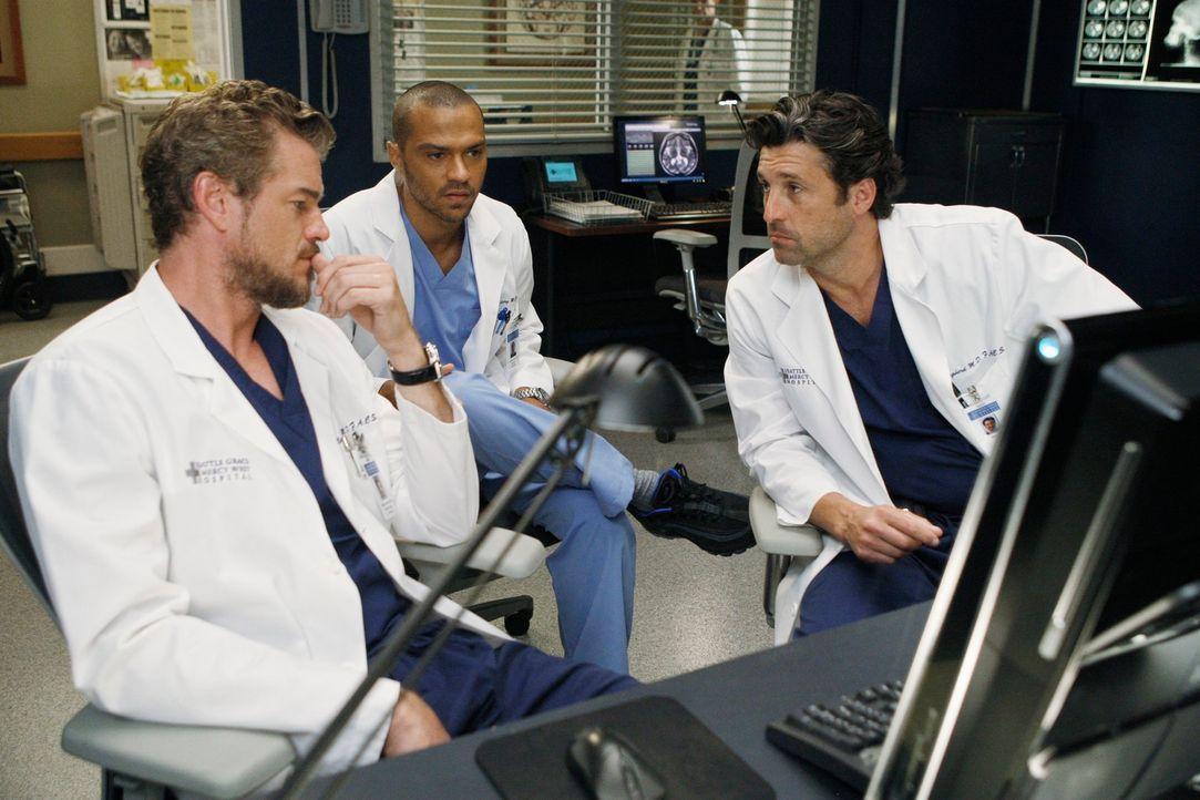 Versuchen alles, um ihre Patienten zu retten: Derek (Patrick Dempsey, r.), Mark (Eric Dane, l.) und Jackson (Jesse Williams, M.) ... - Bildquelle: ABC Studios