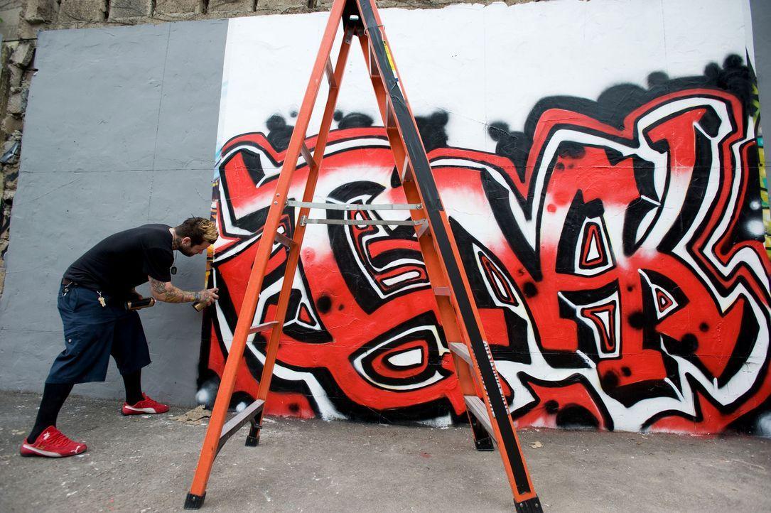 Josh Woods hat nur wenig Erfahrung im Bereich Graffiti. Wird ihm diese Aufgabe Probleme machen? - Bildquelle: Fernando Leon Spike TV