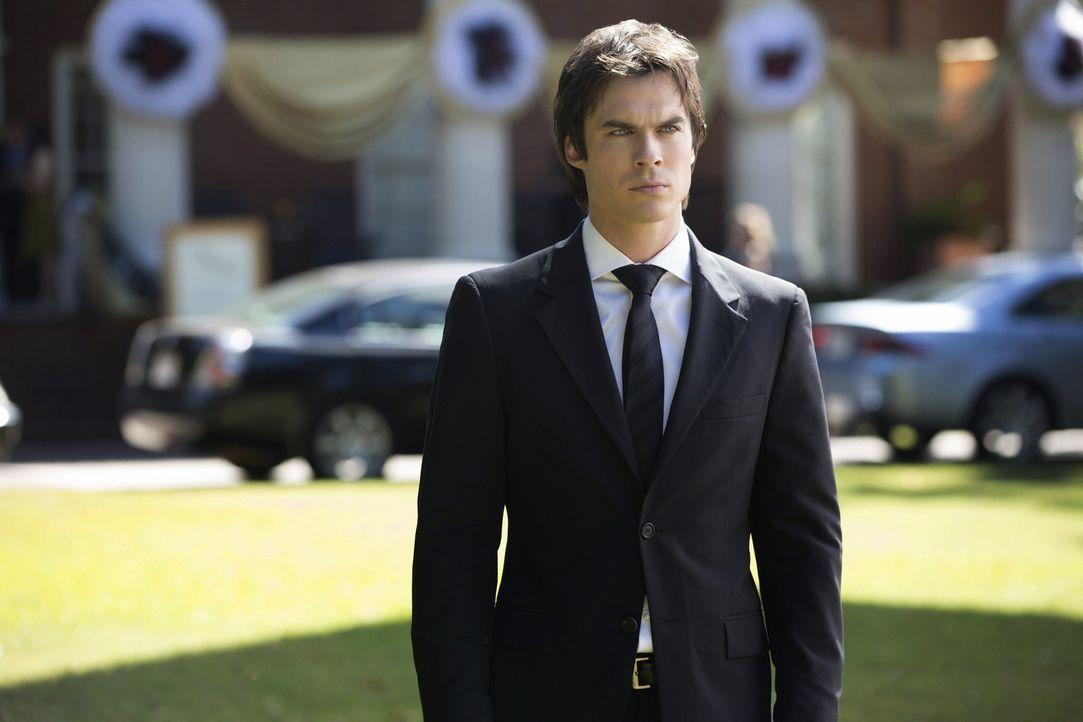 Während Damon (Ian Somerhalder) noch dabei ist, alle Informationen über die fünf Jäger  zu sammeln, passieren erschreckende Dinge mit Jeremy ... - Bildquelle: Warner Brothers
