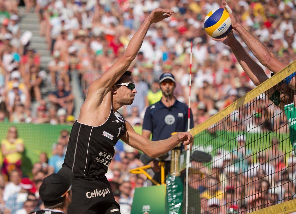 Wer sind die besten Beachvolleyballer des Kontinents? Bei der EM in Klagenfurt kämpfen jeweils 32 Männer- und Frauen-Teams um den Titel. (Bild: Jo... - Bildquelle: FIVB