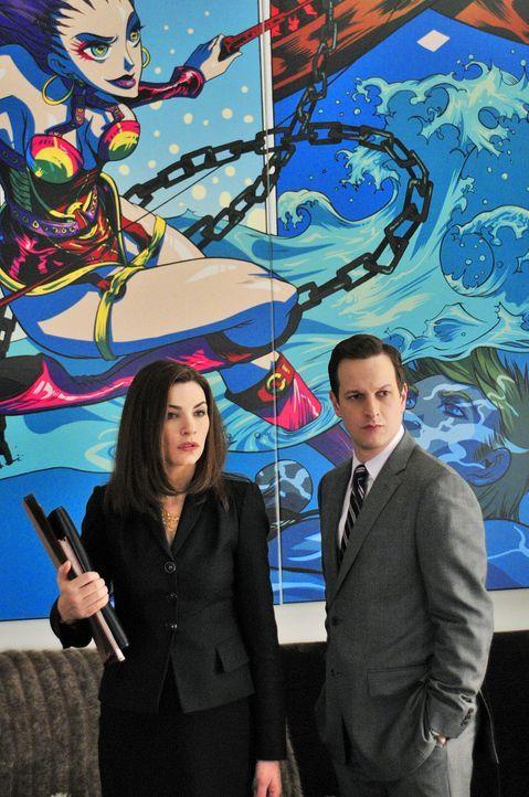 Alicia Florrick (Julianna Margulies, r.) ist anfangs gar nicht begeistert, dass Will Gardner (Josh Charles, l.) die Verteidigung von Colin Sweeney,... - Bildquelle: CBS Studios Inc. All Rights Reserved.