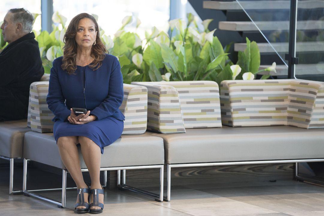 Dr. Catherine Avery (Debbie Allen) - Bildquelle: Eric McCandless ABC Studios / Eric McCandless