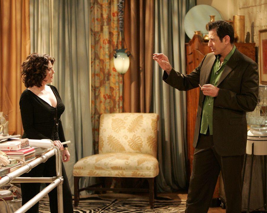 Karens (Megan Mullally, l.) Nemesis, Scott Woolley (Jeff Goldblum, r.), taucht wieder auf. Diesmal will er Grace als Innenarchitektin für sein Rest... - Bildquelle: NBC Productions