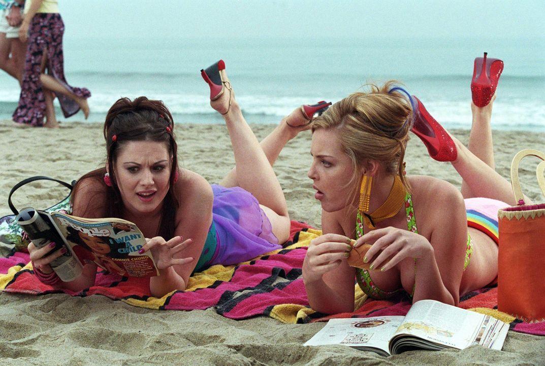 Die Freundinnen Romy (Katherine Heigl, r.) und Michele (Alex Breckenridge, l.) kommen frisch von der Highschool mit einem großen Traum: Sie wollen... - Bildquelle: Touchstone Television