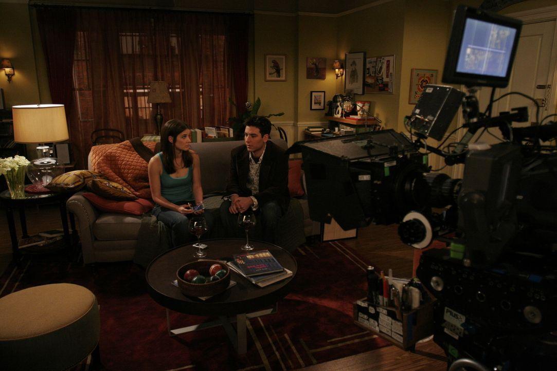 """Bei den Dreharbeiten zu """"How I Met Your Mother"""" .... - Bildquelle: 20th Century Fox International Television"""