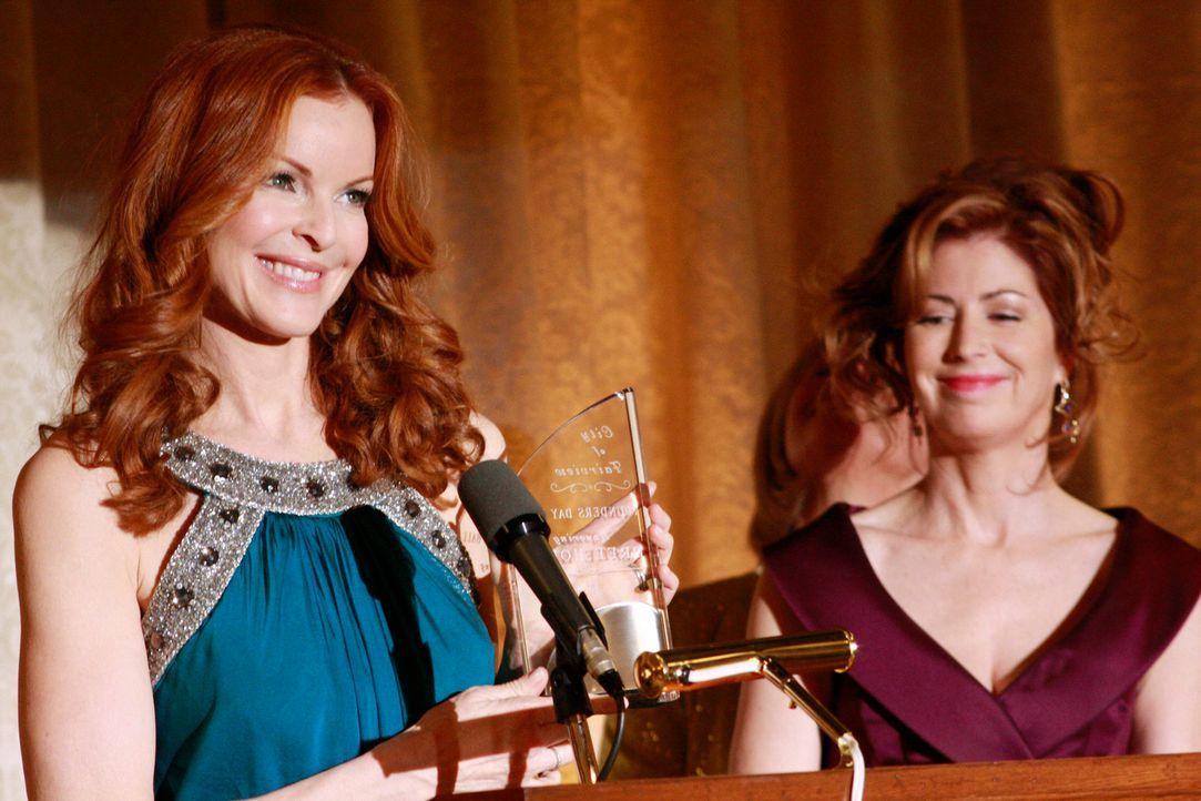 Haben sie noch eine Chance, Freundinnen zu werden? Katherine (Dana Delany, r.) und Bree (Marcia Cross, l.) ... - Bildquelle: ABC Studios