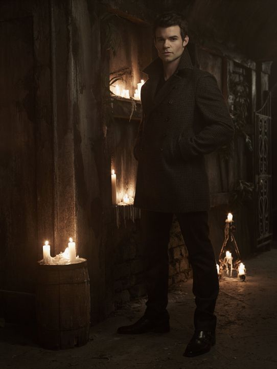 Daniel Gillies ist Elijah Mikaelson - Bildquelle: Warner Bros Entertainment Inc.