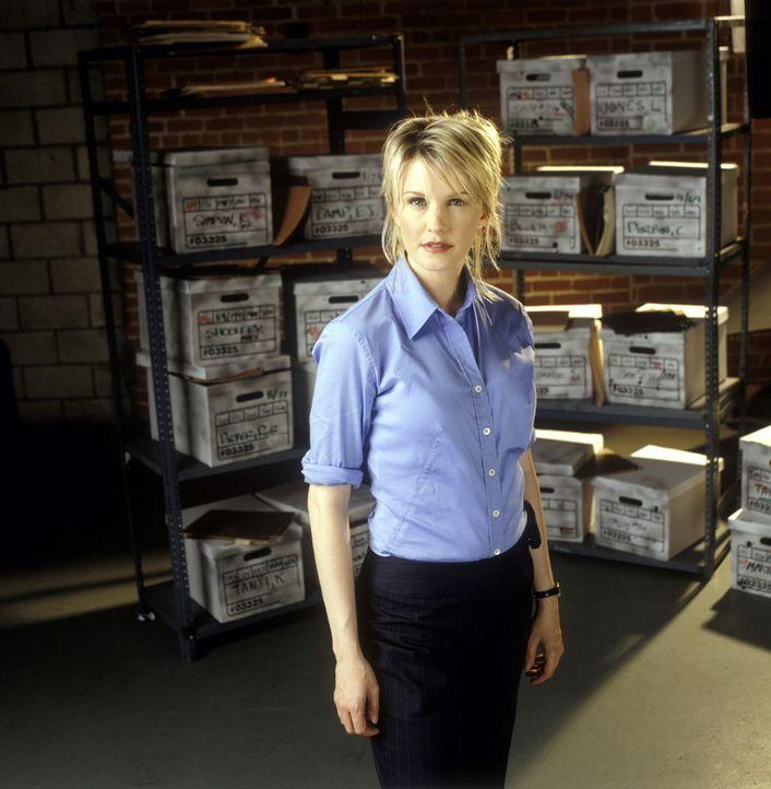 (2. Staffel) - Mordfälle, die schon Jahre zurückliegen und nie aufgeklärt werden konnten, sind Lilly Rushs (Kathryn Morris) Spezialgebiet. - Bildquelle: Warner Bros. Television