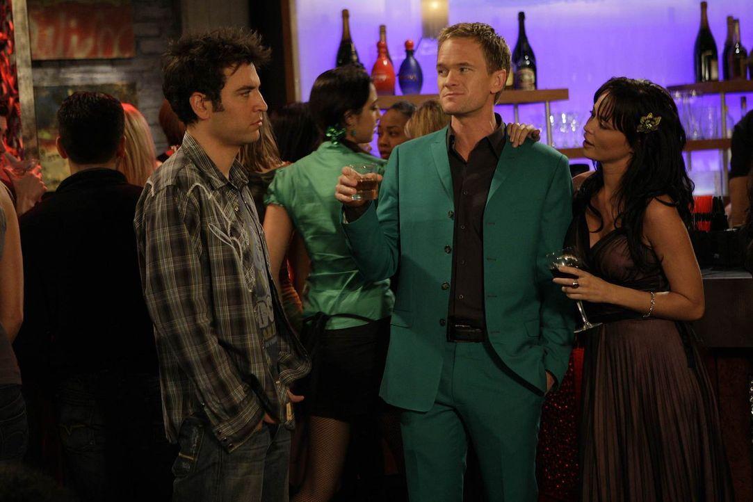 St. Patrick's Day: Ted (Josh Radnor, l.) hat keine Lust, an einer der verrückten Partys dieses Tages teilzunehmen. Doch als Barney (Neil Patrick Har... - Bildquelle: 20th Century Fox International Television