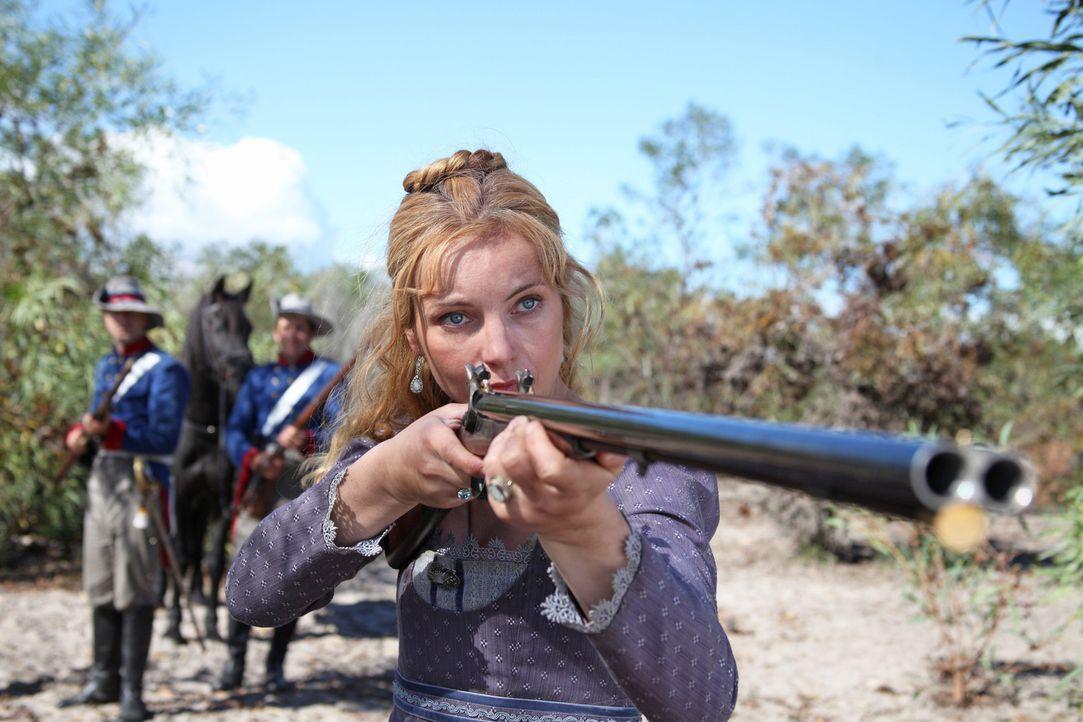 Als Cecilie von Hohenberg (Nadja Uhl) vor ihrem Mann flüchten muss, wird ihr klar, dass in der texanischen Wildnis Adelstitel nur wenig helfen. Inne... - Bildquelle: Boris Guderjahn SAT.1