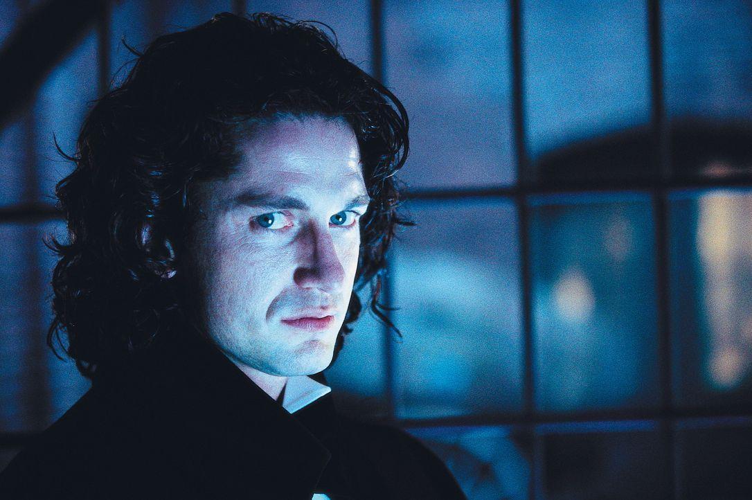 Trotz 100-jähriger Einlagerung fürchtet Dracula (Gerard Butler) weder Tod noch Teufel. Allerdings hegt er nach wie vor eine kolossale Abneigung ge... - Bildquelle: Dimension Films