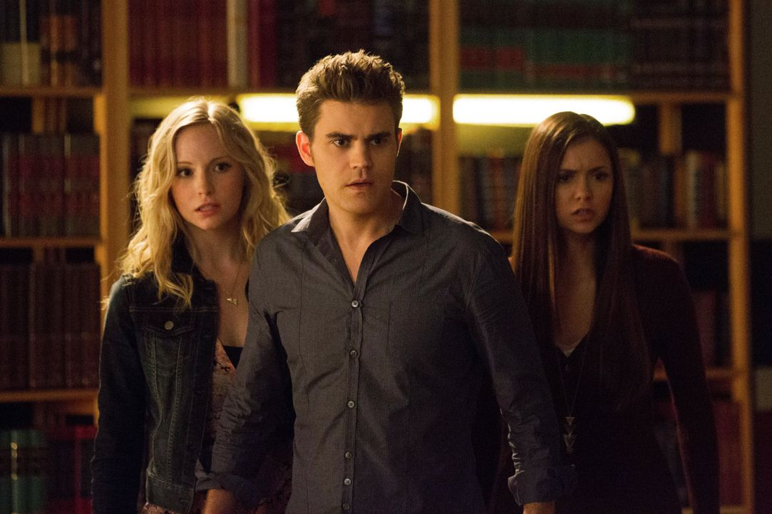 Stefan Salvatore, Caroline Forbes und Elena Gilbert - Bildquelle: Warner Bros. Entertainment Inc.