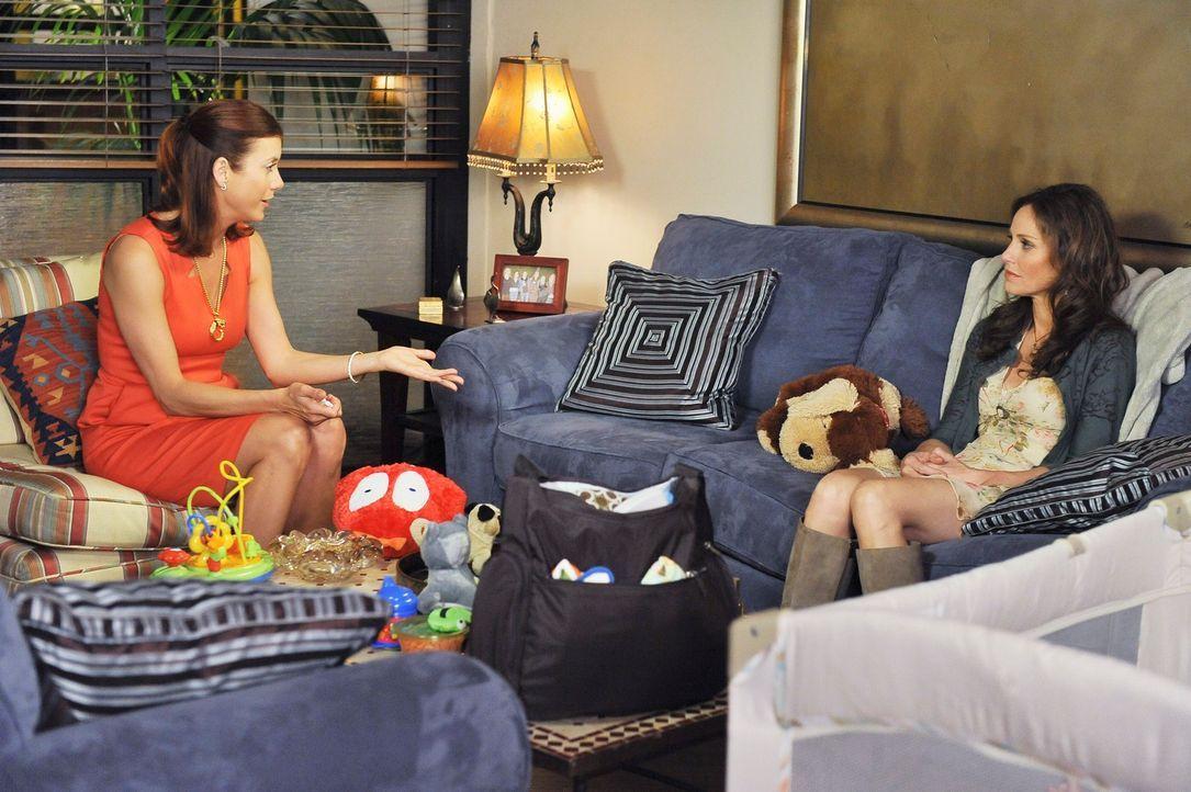 Zwar freut sich Addison (Kate Walsh, l.), dass Violet (Amy Brenneman, r.) wieder zurück ist, doch mit ihr kommen auch einige Probleme auf die Kolle... - Bildquelle: ABC Studios
