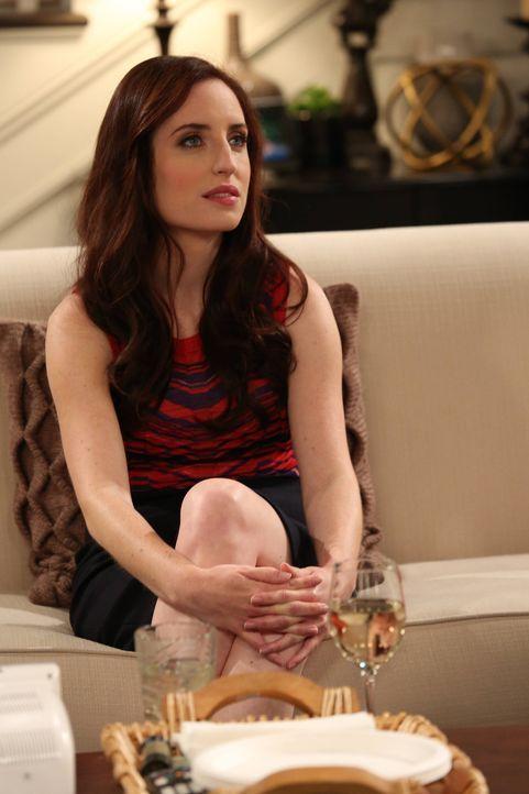 Hat ein neues Projekt: Kate (Zoe Linster-Jones) nimmt sich Wills an ... - Bildquelle: 2013 CBS Broadcasting, Inc. All Rights Reserved.