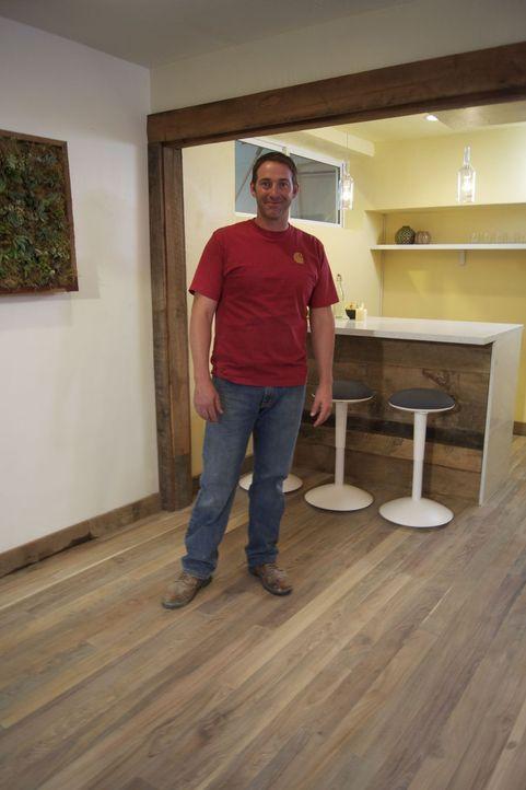 Soll einen zusätzlichen Wohnraum in eine umweltfreundliche Bar und Lounge verwandeln: Josh Temple ... - Bildquelle: 2009, DIY Network/Scripps Networks, LLC