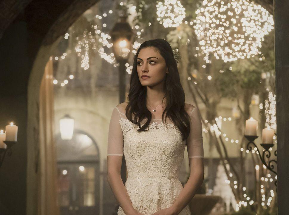 Noch ahnt Hayley (Phoebe Tonkin) nicht, welche Pläne Klaus schmiedet ... - Bildquelle: Warner Bros. Entertainment, Inc