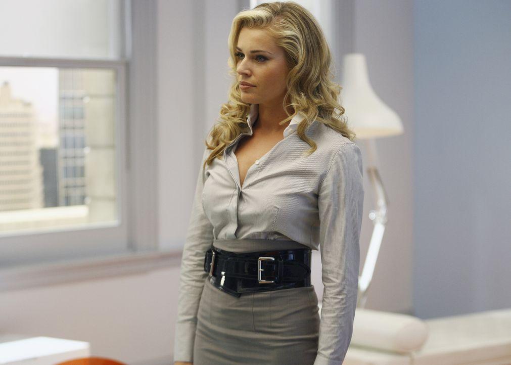 Ist noch lange nicht wieder gesund: Alexis (Rebecca Romijn) ... - Bildquelle: Buena Vista International Television