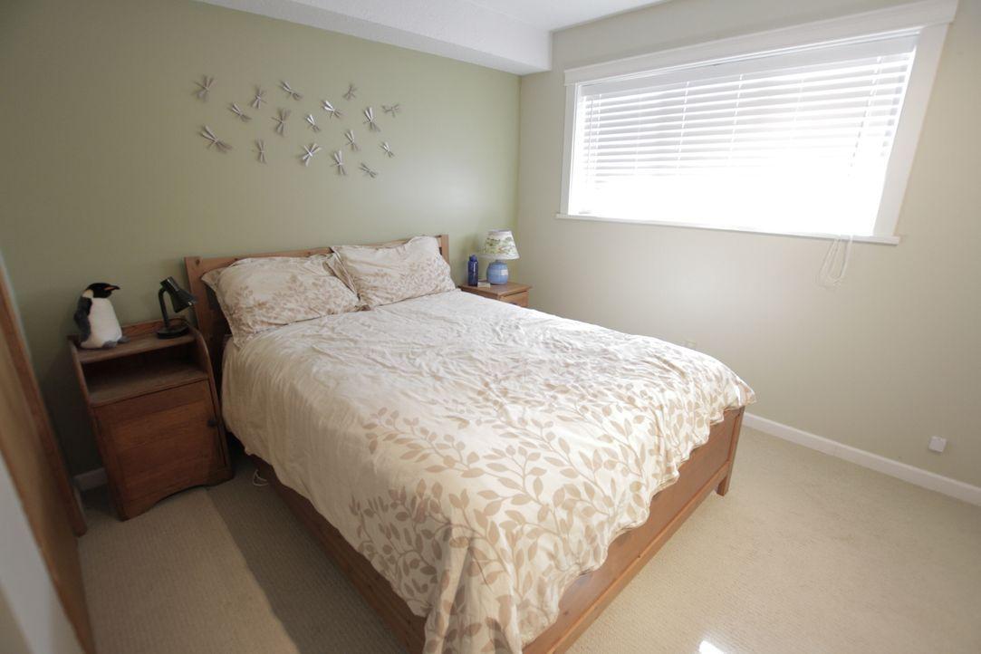 Das Schlafzimmer: Es ist nicht groß, aber hat es Potential? Jonathan möchte durch den Umbau mehr Platz schaffen ... - Bildquelle: 2017,HGTV/Scripps Networks, LLC. All Rights Reserved