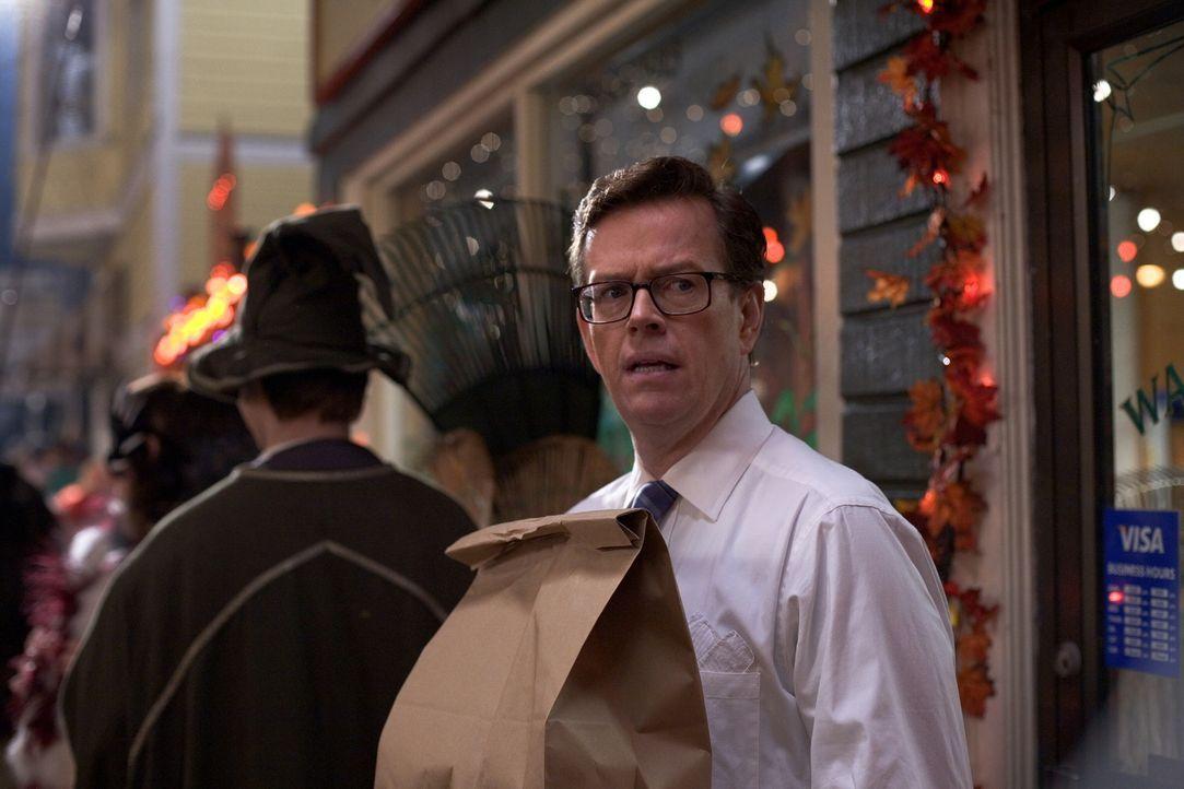 Grundschuldirektor Steven (Dylan Baker) fährt endlich die Früchte seiner perversen Arbeit ein .,. - Bildquelle: 2007   Warner Brothers