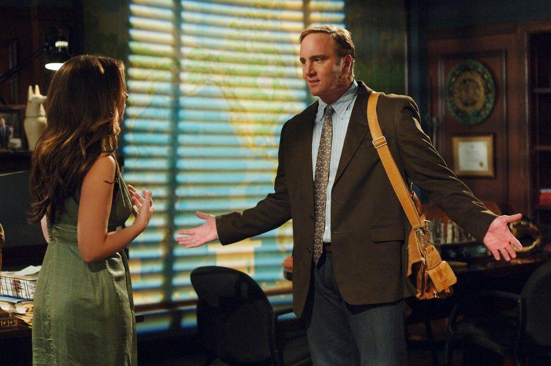 Der Geist seiner verstorbenen Ehefrau macht Rick Payne (Jay Mohr, r.) das Leben schwer. Kann Melinda (Jennifer Love Hewitt, l.) ihm helfen? - Bildquelle: ABC Studios