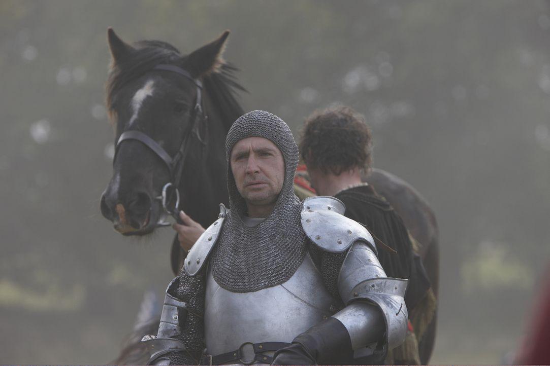 König Henry VIII. sendet Hertford und Surrey (David O'Hara) aus um die Aufstände in Schottland zu bezwingen. Außerdem fordert er, dass sich Frank... - Bildquelle: 2010 TM Productions Limited/PA Tudors Inc. An Ireland-Canada Co-Production. All Rights Reserved.
