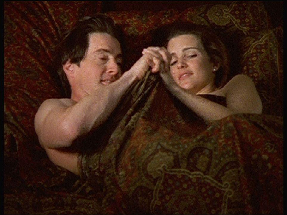 Nachdem die beiden die Dämonen des ehelichen Bettes vertrieben haben, scheint sich Treys (Kyle MacLachlan, l.) Interesse ausschließlich auf seinen... - Bildquelle: Paramount Pictures