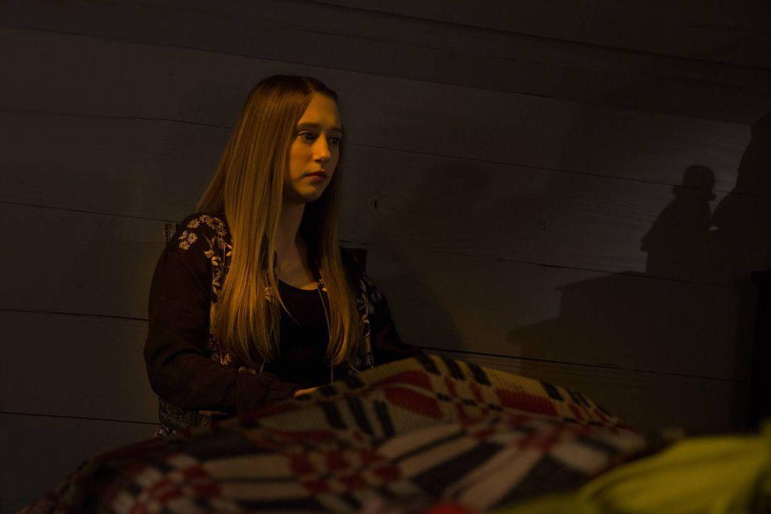 Als Zoe (Taissa Farmiga) von Cordelias Vorahnung erfährt, schmiedet sie einen Plan ... - Bildquelle: 2013-2014 Fox and its related entities. All rights reserved.