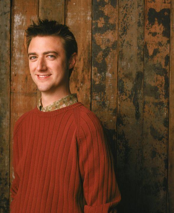 (3. Staffel) - Ist immer mit dabei, wenn in Stars Hollow etwas los ist: Kirk (Sean Gunn) ... - Bildquelle: 2002 Warner Bros.
