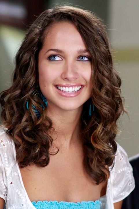 Ana (Maiara Walsh) möchte bei John im Restaurant als Kellnerin arbeiten, doch was werden Gabrielle und Carlos dazu sagen? - Bildquelle: ABC Studios