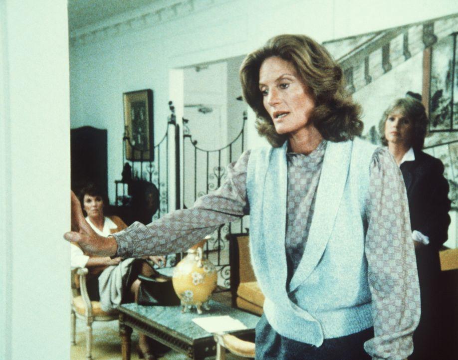 Mrs. Tanton (Gail Strickland) gesteht, ihren Mann ermordet zu haben, weil er ihre Tochter sexuell missbraucht hat. - Bildquelle: ORION PICTURES CORPORATION. ALL RIGHTS RESERVED.