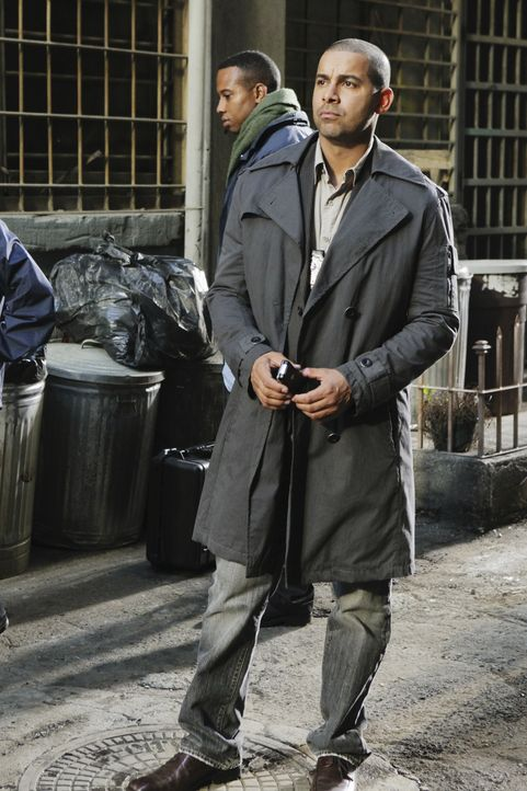 Ein grausamer Mord bereitet Javier Esposito (Jon Huertas) Kopfzerbrechen ... - Bildquelle: 2010 American Broadcasting Companies, Inc. All rights reserved.