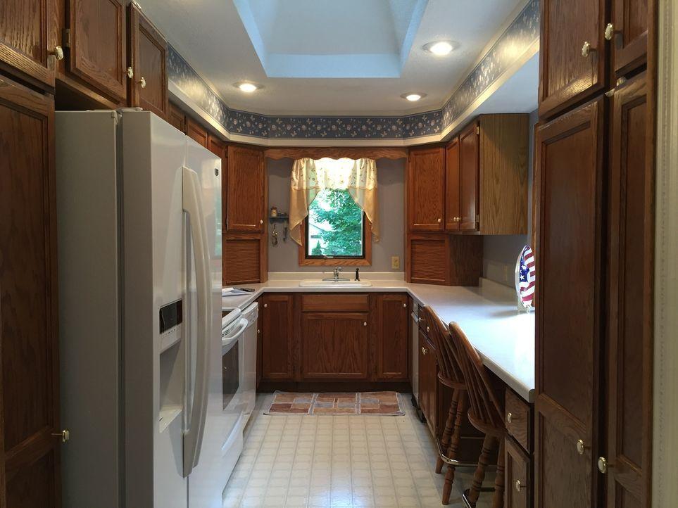 Da Brett gerne kocht und er und seine Frau Jenny die Küche auch ab und an gleichzeitig benutzen, empfinden sie diese in der Immobilie Half Moon Retr... - Bildquelle: 2015,HGTV/Scripps Networks, LLC. All Rights Reserved