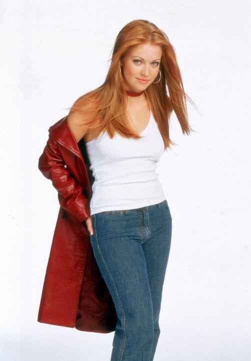 (5. Staffel) - Sabrina (Melissa Joan Hart) ist eine Hexe, die ihre Zauberkünste nach Herzenslust ausprobiert. - Bildquelle: Paramount Pictures