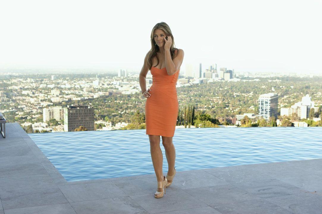 Chuck und Nate reisen nach Los Angeles. Zusammen mit Serena gehen sie auf eine Party in den Hollywood Hills, wo Nate auf die geheimnisvolle Diana Pa... - Bildquelle: Warner Bros. Television